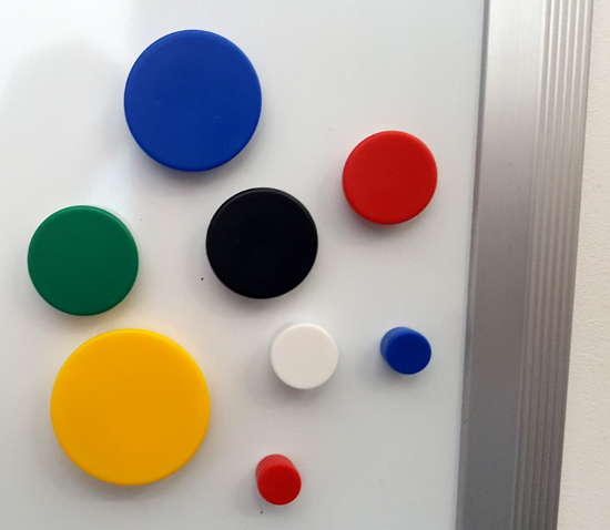 Magnetic Memo Magnets, assorted sizes and colours
